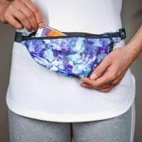 532620_1PocketBelt_BlueFloral_Opened